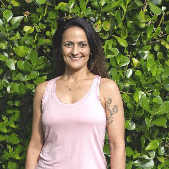 Professora Ana Claudia de Yoga em Florianópolis