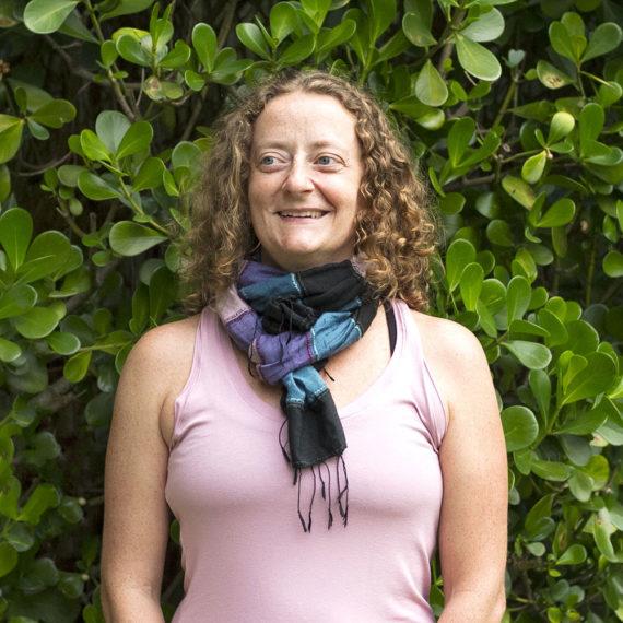 Professora Marina de Yoga em Florianópolis